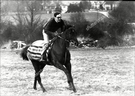 American Jockey Paul Sloan On Racehorse 'terossian' On Downs At Findan Sussex.