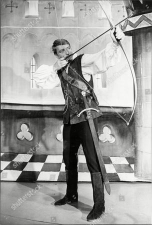 Singer Frank Ifield With Bow And Arrow For 'babes In He Wood' Francis Edward Ifield (born 30 November 1937) Is An Australian-english Easy Listening And Country Music Singer. He Achieved Considerable Success In The Early 1960s Especially In The Uk Singles Chart Where He Had Four Number 1 Hits Between 1962 And 1963.