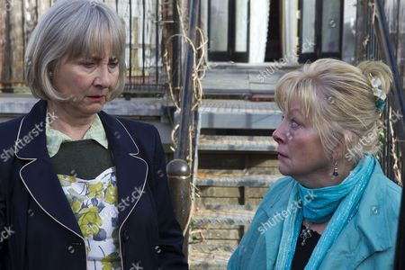 Gemma Jones as Olive and Anna Calder-Marshall as Queenie.