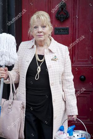 Anna Calder-Marshall as Queenie.