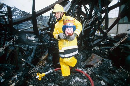 FIRE FIGHTER WRECKAGE FUN HOUSE Editorial Stock Photo