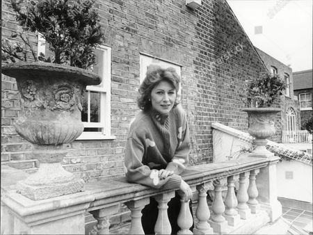 Jane How Actress At Home On Balcony 1988.