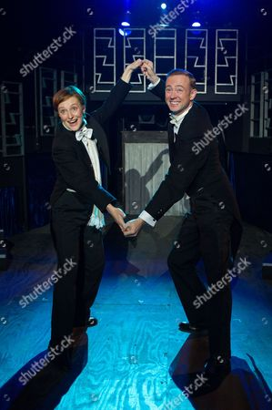 'Victor/Victoria' - Anna Francolini (as Victoria) and Richard Dempsey (as Toddy).