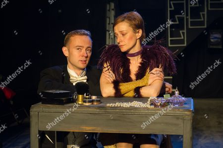 'Victor/Victoria' - Richard Dempsey (as Toddy) and Anna Francolini (as Victoria)