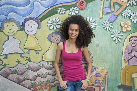 Jasmine Breinburg