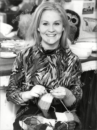Actress Michele Dotrice Seen Knitting Michele Dotrice (born 27 September 1948) Is An English Actress Best Known For Her Portrayal Of Betty The Long-suffering Wife Of Frank Spencer Played By Michael Crawford In The Bbc Sitcom Some Mothers Do Aave Aem Which Ran From 1973 To 1978. Her Father Roy Dotrice Is An Actor As Was Her Mother Kay Dotrice. She Has Two Sisters Karen Dotrice And Yvette Dotrice Who Also Followed Their Parentsa Footsteps Into Acting.