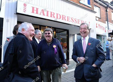 Nigel Farage with local UKIP PR Phil Heath (c)