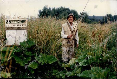 Sir Michael Hordern Actor Fishing By River 1994.