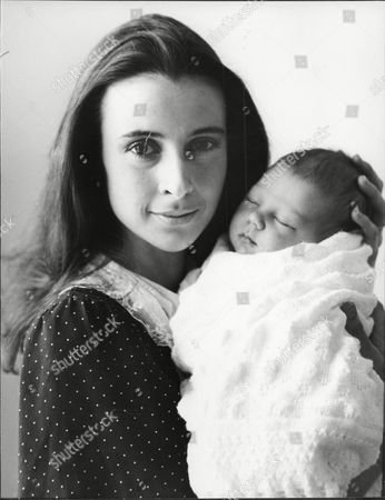 Actress Emma Jacobs With Her 17 Month Old Baby Daughter Sadie At Home Daughter Of Television Presenter And Actor David Jacobs.