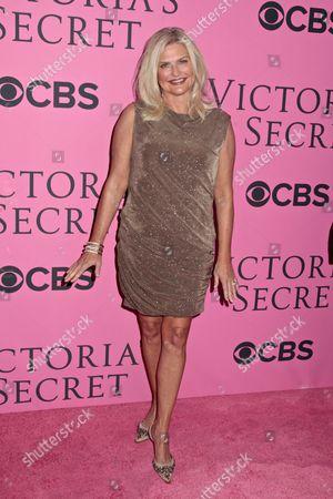 Sharen Turney, Victoria's Secret CEO