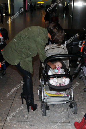 Frankie Sandford saying goodbye to Una Healy's baby Aoife Belle Foden