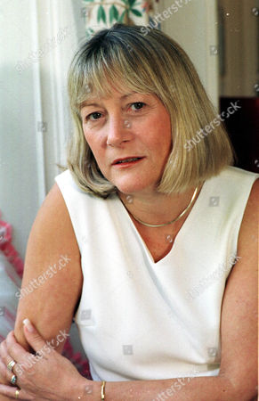Anne Davies First Wife Of Disgraced Welsh Secretary Ron Davies.