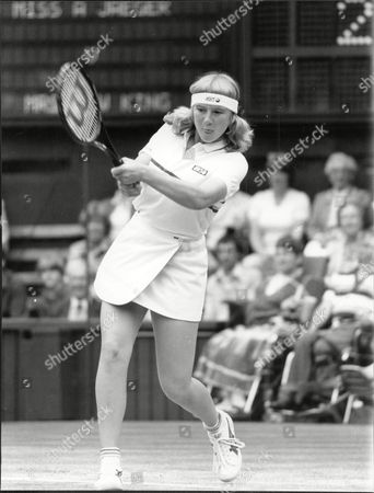 Andrea Jaeger Tennis Player In Action At Wimbledon Against Billie Jean King (not Shown) 1983.