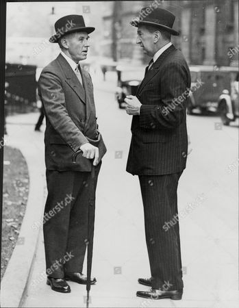 Defence Co-ordination Minister Lord Chatfield (left) Talking To Mr Bruce The High Commissioner For Australia At Downing Street Baron Chatfield Of Ditchling In The County Of Sussex Was A Title In The Peerage Of The United Kingdom. It Was Created In 1937 For The Naval Commander Sir Ernle Chatfield. The Title Became Extinct On The Death Of His Son The Second Baron In 2007.