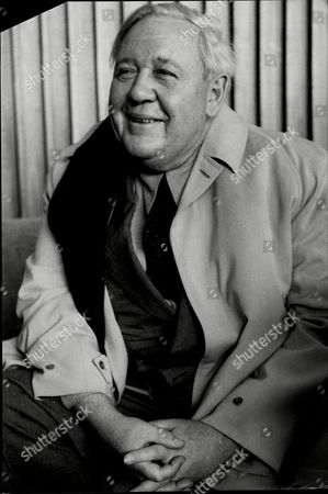 Actor Charles Laughton (died 12/62).