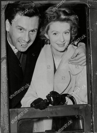 Moira Shearer Ballet Dancer & Actress With Husband Journalist Ludovic Kennedy On Train 1958.