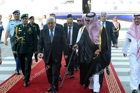 Palestinian President Mahmoud Abbas meets with Saudi Foreign Minister Prince Saud al-Faisal