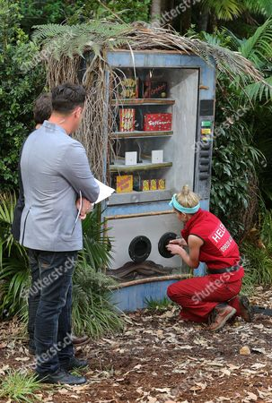 Live Bushtucker Trial, Bad Day At The Office - Anthony McPartlin and Helen Flanagan
