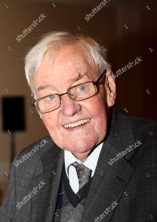 Richard Briers CBE
