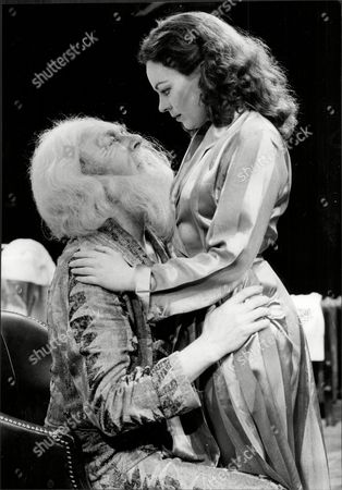 English Actor Freddie Jones With Actress Jacqueline Tong In 'the Dresser' At The Royal Exchange Theatre