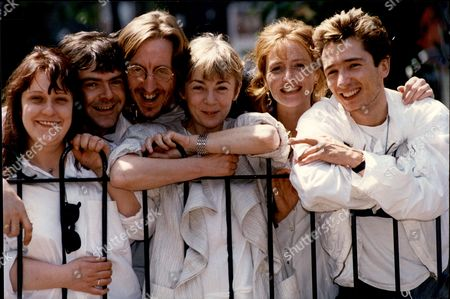 Stock Picture of Cast Of Play 'four Door Saloon' With Director Geraldine Mcewan (l-r) Kathy Burke Kevin Mcnally Bob Goody Geraldine Mcewan Eleanor David And Dominic Keating.
