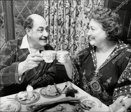 Alfred Marks Actor Enjoys Breakfast With Wife Paddie O'neil 1975.