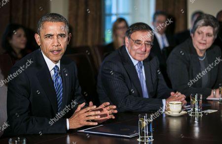 Barack Obama and Secretary of Defence Leon E. Panetta