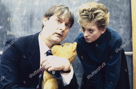 John Fortune as Gerald Feeney and Julie Foy as Tina Boyd