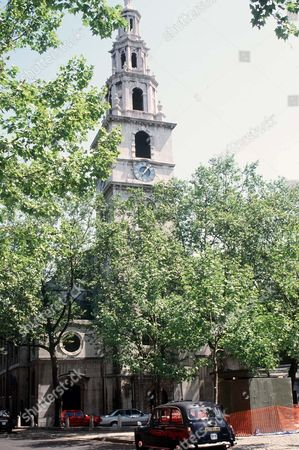 ST CLEMENT DANES CHURCH IN THE STRAND, LONDON, BRITAIN