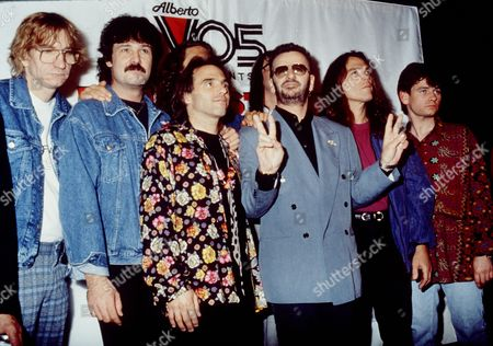 Ringo Starr and his All Starr Band - Joe Walsh, Burton Cummings, Nils Lofgren, Ringo Starr, Timothy B Schmidt and Zak Starkey