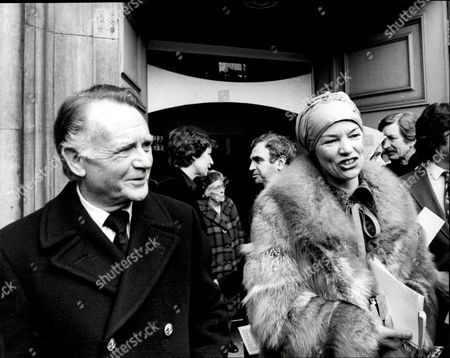 Sir John Mills (dead April 2005) And Glenda Jackson At The Peter Finch Memorial Service.
