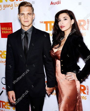 Stock Image of Taylor Handley & Date