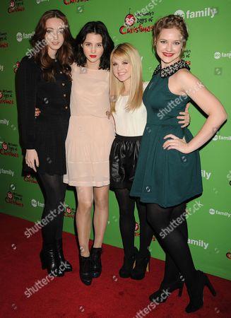 Emma Dumont, Julia Goldani Telles, Bailey Buntain and Kaitlyn Jenkins