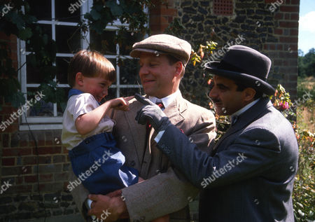 Dominic Rougier as Johnnie Waverly, Geoffrey Bateman as Marcus Waverly and David Suchet as Hercule Poirot