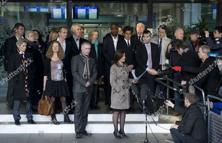 Jacqui Hames speaks to the press with other 'Hacked Off' campaigners