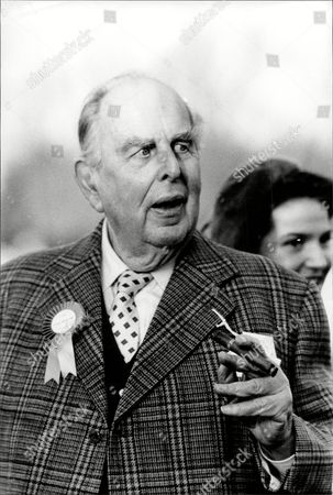 Actor Robert Morley Robert Adolph Wilton Morley Cbe (26 May 1908 A 3 June 1992) Was An English Actor Who Often In Supporting Roles Was Usually Cast As A Pompous English Gentleman Representing The Establishment. In Movie Encyclopedia Film Critic Leonard Maltin Describes Morley As 'recognisable By His Ungainly Bulk Bushy Eyebrows Thick Lips And Double Chin [...] Particularly Effective When Cast As A Pompous Windbag'. More Politely Ephraim Katz In His International Film Encyclopaedia Describes Morley As A 'a Rotund Triple-chinned Delightful Character Player Of The British And American Stage And Screen.'.