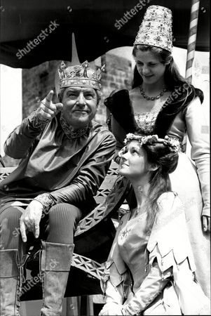 Actor Kenneth More (died 7/82) Filming 'the Spaceman And King Arthur'.