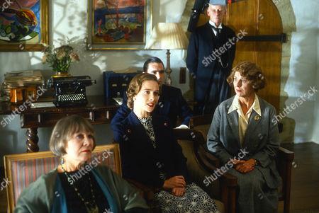 Tushka Bergen as Susan Cardwell and Fiona Walker as Miss Lingard