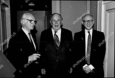 Actor Robert Morley (c) With Peter O'sullevan (racing Commentator) (l) And Gerald Kaufman (r) At Foyles Luncheon For Robert Morley Robert Adolph Wilton Morley Cbe (26 May 1908 A 3 June 1992) Was An English Actor Who Often In Supporting Roles Was Usually Cast As A Pompous English Gentleman Representing The Establishment. In Movie Encyclopedia Film Critic Leonard Maltin Describes Morley As 'recognisable By His Ungainly Bulk Bushy Eyebrows Thick Lips And Double Chin [...] Particularly Effective When Cast As A Pompous Windbag'. More Politely Ephraim Katz In His International Film Encyclopaedia Describes Morley As A 'a Rotund Triple-chinned Delightful Character Player Of The British And American Stage And Screen.'.
