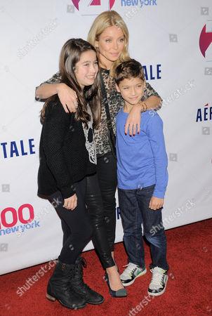 Lola Consuelos, Kelly Ripa and Joaquin Consuelos
