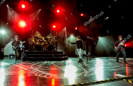 Journey - Ross Valory, Deen Castronovo, Arnel Pineda and Neal Schon