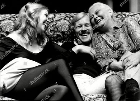 Elizabeth Revill Douglas Fielding And Christine Norden Actors On Sofa 1979.