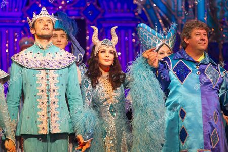 Editorial photo of 'Snow White and the Seven Dwarfs' pantomime press night, London, Britain - 13 Dec 2012