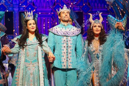 Editorial picture of 'Snow White and the Seven Dwarfs' pantomime press night, London, Britain - 13 Dec 2012