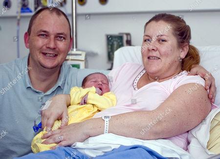 Ian Porter, wife Emma with baby Elliot