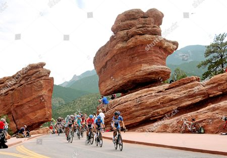 US Pro Challenge Stg 5 Breckenridge- Colorado Springs - Tom Danielson, Andreas Kloden and Cadel Evans race through the Garden of the Gods, at Balancing Rock