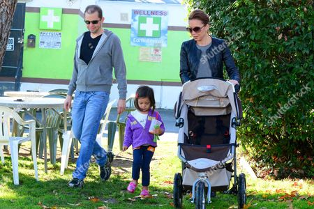 Stock Picture of Jon Cryer with wife, Lisa Joyner and daughter, Daisy Cryer