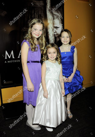 Megan Charpentier, Morgan McGarry and Isabelle Nelisse