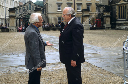 John Thaw as Chief Inspector Morse and James Grout as Chief Superintendent Strange