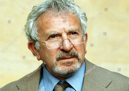 Obituary - Actor John Bluthal dies aged 89